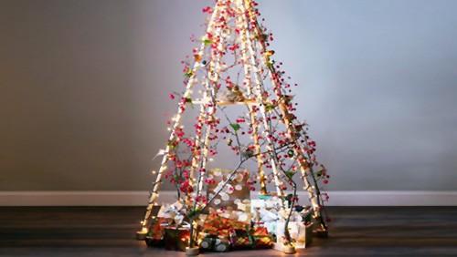 Alberi Di Natale In Legno Addobbati : Idee per un albero di natale ecologico greenstyle