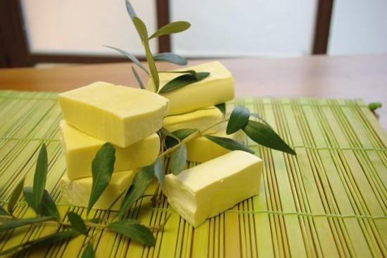 Sapone realizzato con olio d'oliva