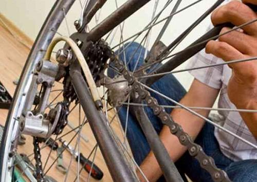 Riparazione di una bici