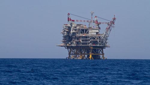 Petrolio sversamento di 550 mila litri di greggio in for Piani di piattaforma di piattaforma