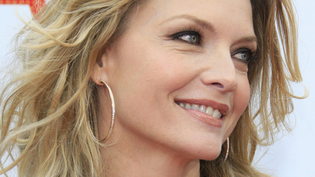 http://www.greenstyle.it/wp-content/uploads/2013/09/michelle_pfeiffer.jpg