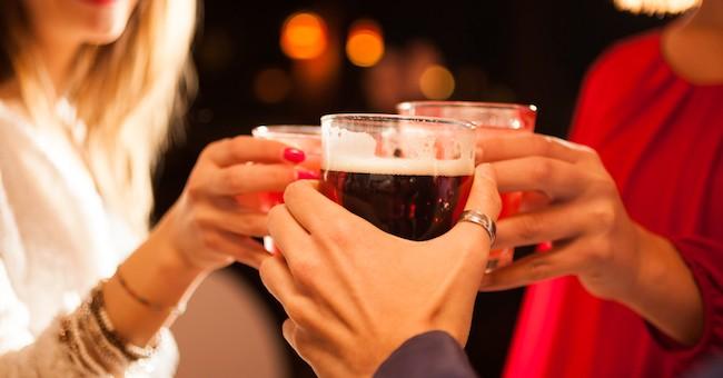 perdere peso bevendo alcolici