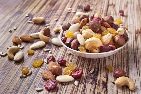 Dieta per il colesterolo alto: i migliori cibi per abbassarlo