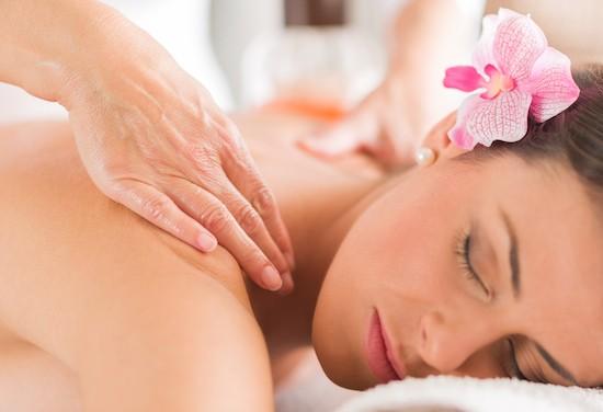 Massaggio al collo e alle spalle