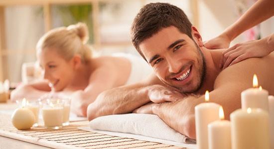 Coppia, massaggio