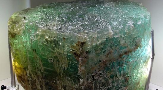 Berillo var. acquamarina, da brasile, 98 kg