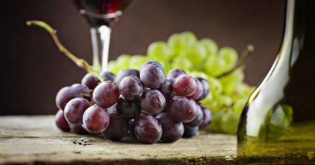 Uva rossa e vino