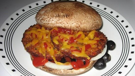 Veggie burger SuziJane flick creative commons