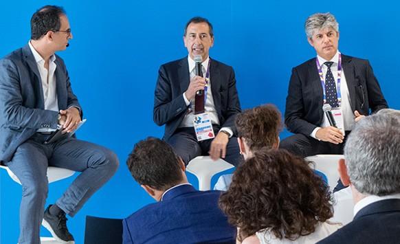 Giuseppe Sala (commissario unico Expo 2015) e Marco Patuano (amministratore delegato Telecom Italia)