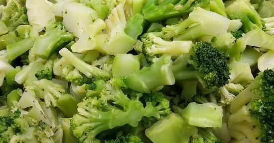 La cottura al vapore consente di mantenere inalterate tutte le proprietà dei broccoletti