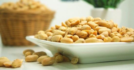 Le arachidi tostate e salate sono molto apprezzate come snack.