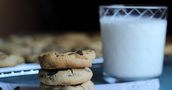 Il latte è uno degli alimenti più apprezzati per la prima colazione.