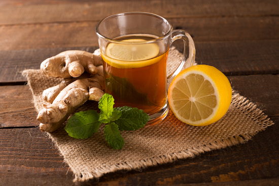 Tisana menta, zenzero e limone