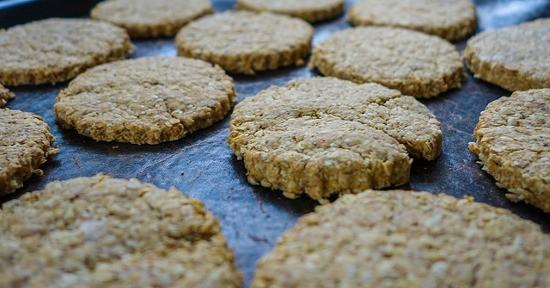 Il burro d'arachidi è l'ingrediente perfetto per la preparazione di dolci squisiti
