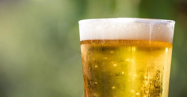 Birra al bicchiere