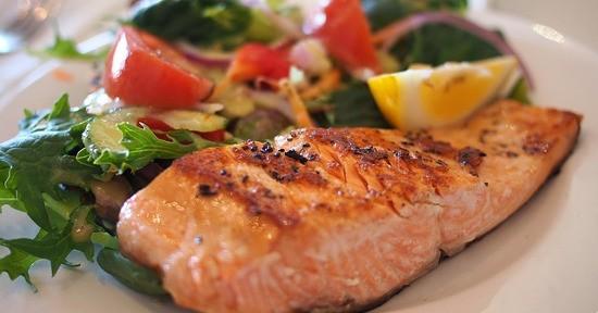 Omocisteina bassa: cause, rischi e cosa mangiare