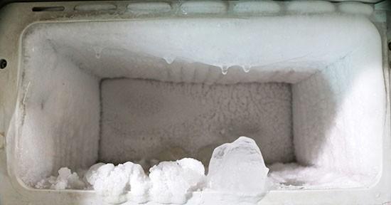 Ghiaccio nel freezer