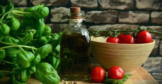 Pomodori basilico olio