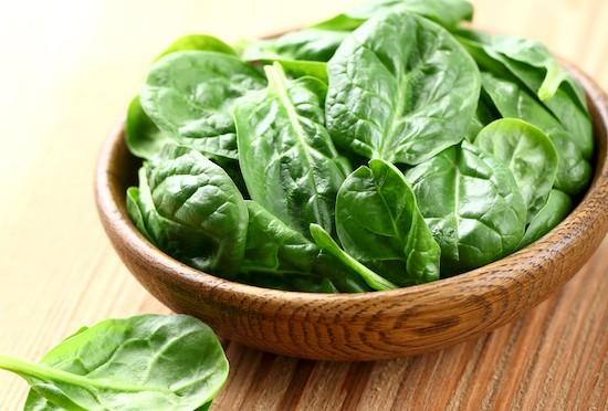 Alimenti che contengono Vitamina K: spinaci