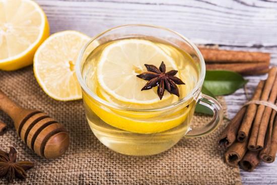 Tisana miele, limone e cannella