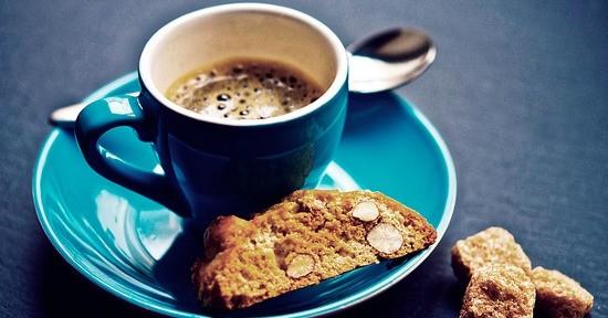 Biscotto e caffè