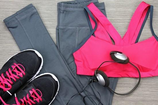 Pilates, vestiti cuffie musica