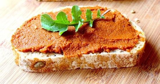 Ricetta Ricca di Vitamina D3: crostino al salmone