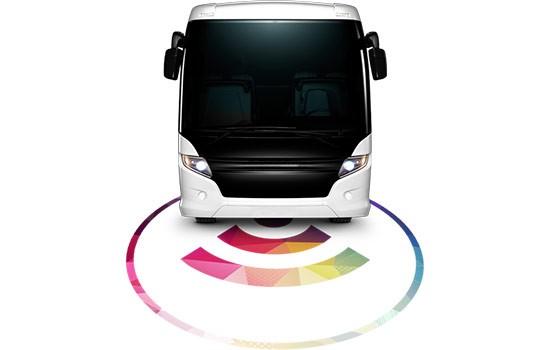 Il bus elettrico Electroad che si ricarica dall'asfalto