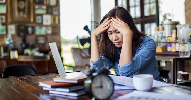 Ragazza sotto stress