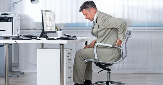 Mal di schiena al computer