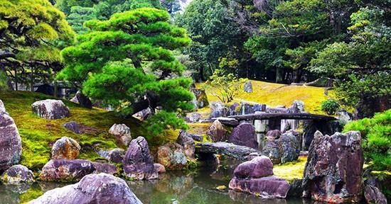 Giardino roccioso in Giappone