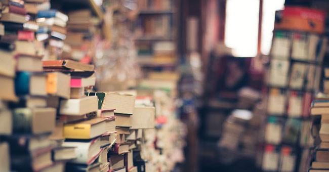 Libri_pexels-photo-264635