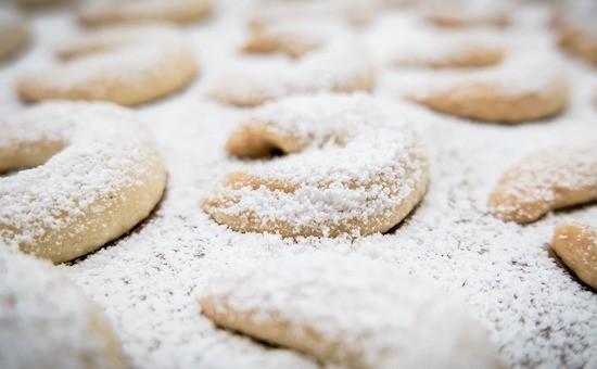 biscotti ripieni alle ciliegie