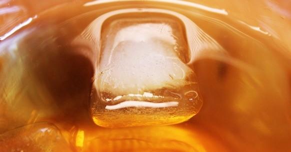 Tè freddo con ghiaccio