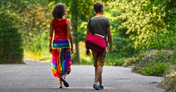 Uomo donna passeggiata, camminare