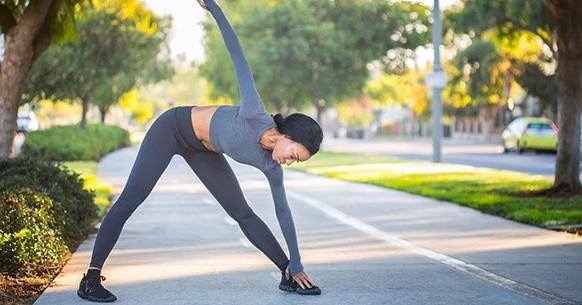 Yoga triangolo