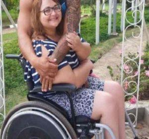 La storia di Gabriel e della sua maestra paraplegica