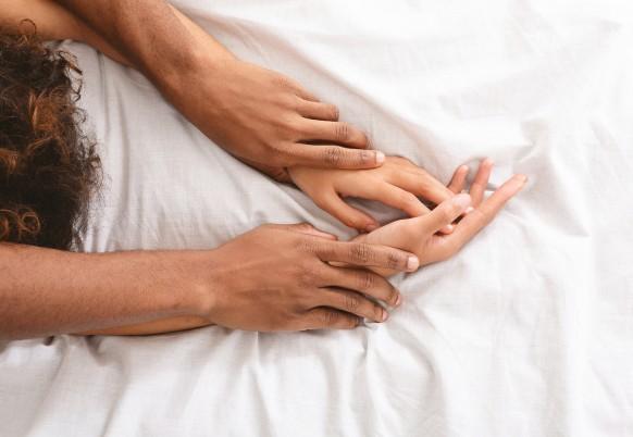 Le 5 migliori posizioni da provare a letto