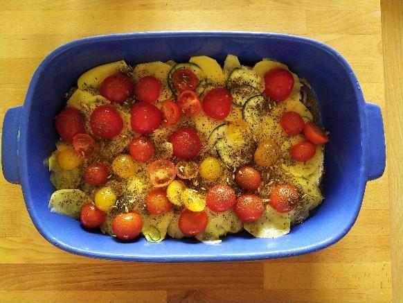 Tortino alici, zucchine e patate: la preparazione
