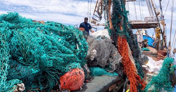 Reti da pesca su nave Kwai
