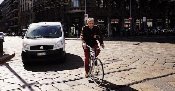 Traffico auto bici Milano