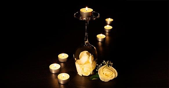 Bicchiere e candela