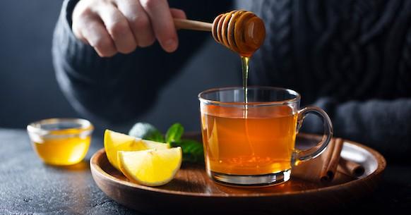 Tisana tè miele limone cannella