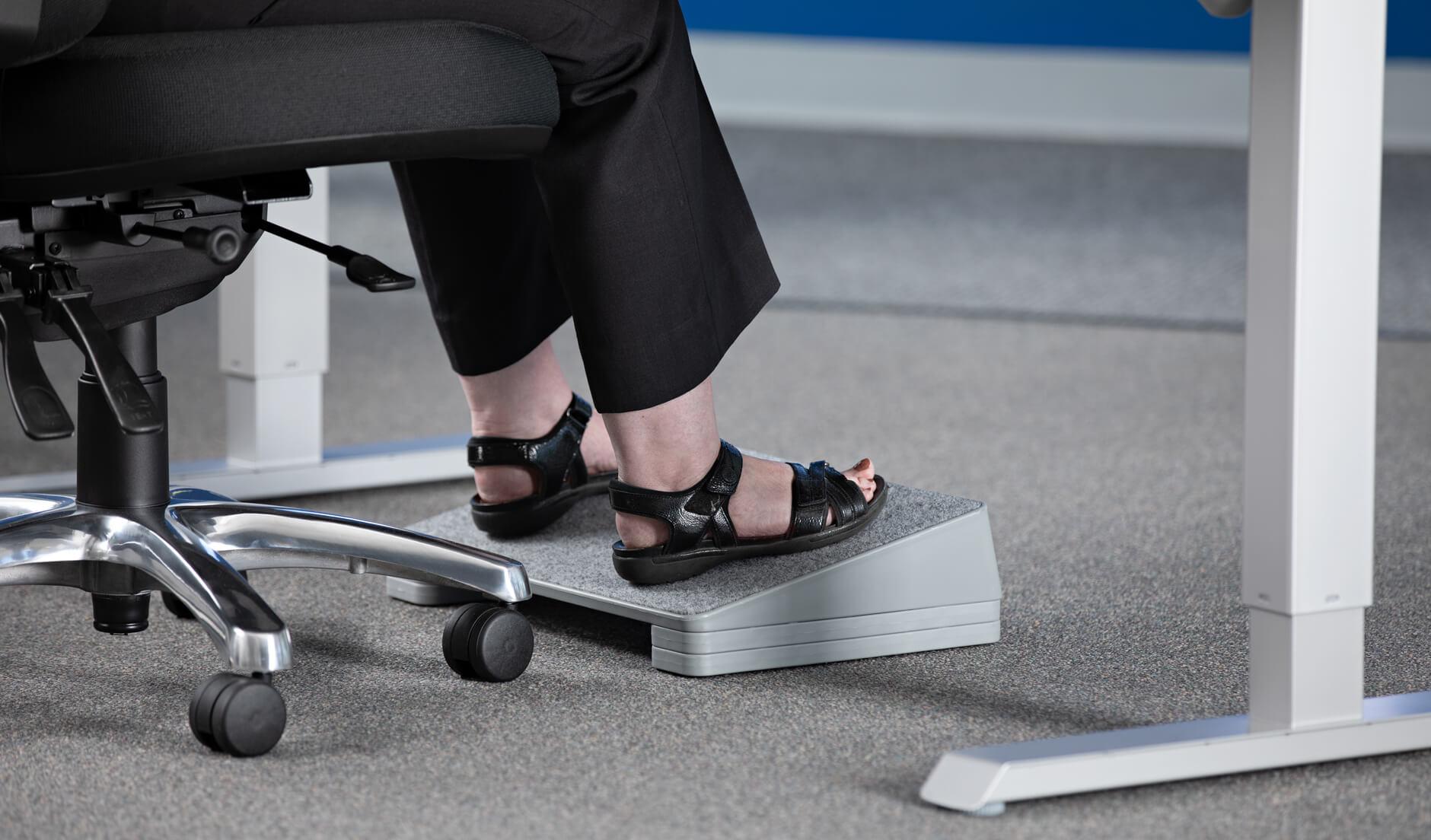 Poggiapiedi ergonomico