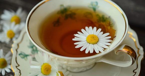 Natural remedies, chamomile