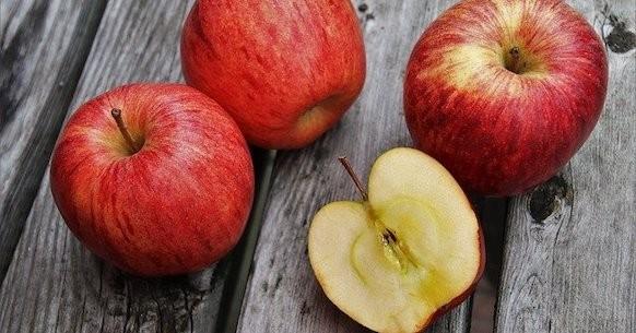 Mela rossa, mele