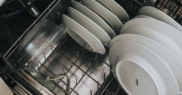 grandi pulizie casa lavastoviglie