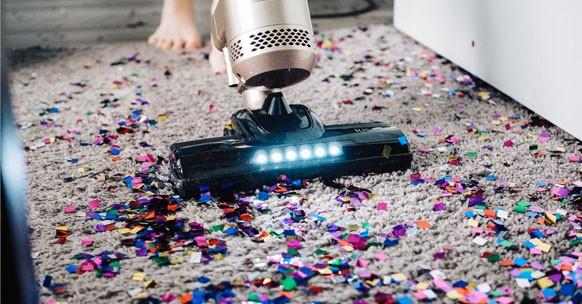 pulizie casa ordinarie comuni aspirapolvere