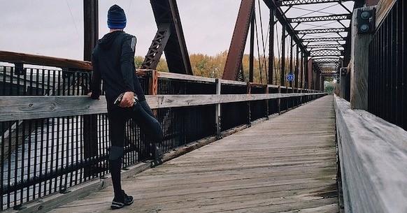 Correre freddo uomo