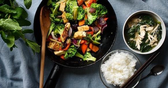 Riso tofu verdure pollo
